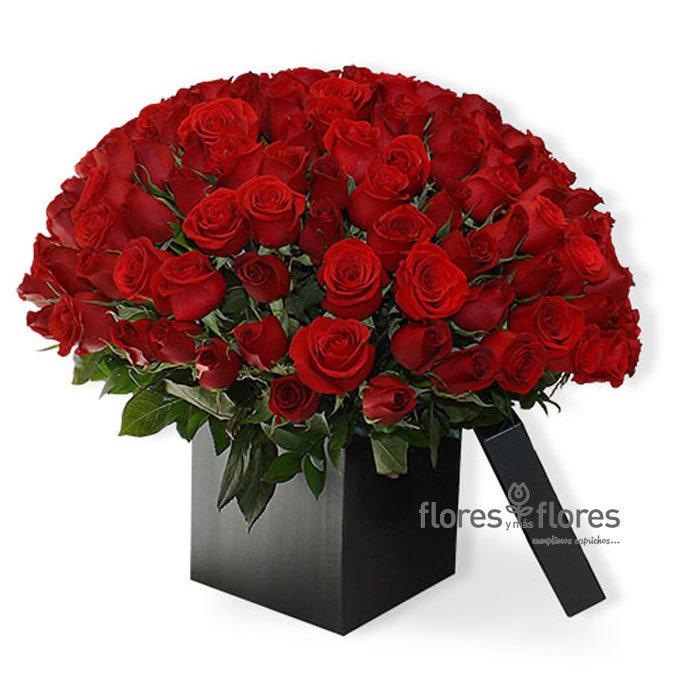Arreglo Floral  Rosas Rojas en caja- 90 MIN | LOVE