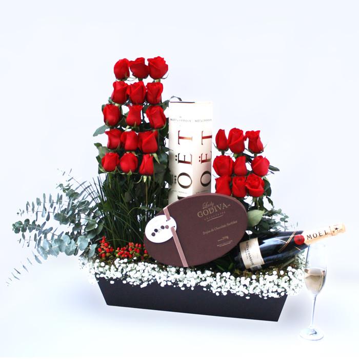 Rosas, Chocolates y Champagne   FRANCES