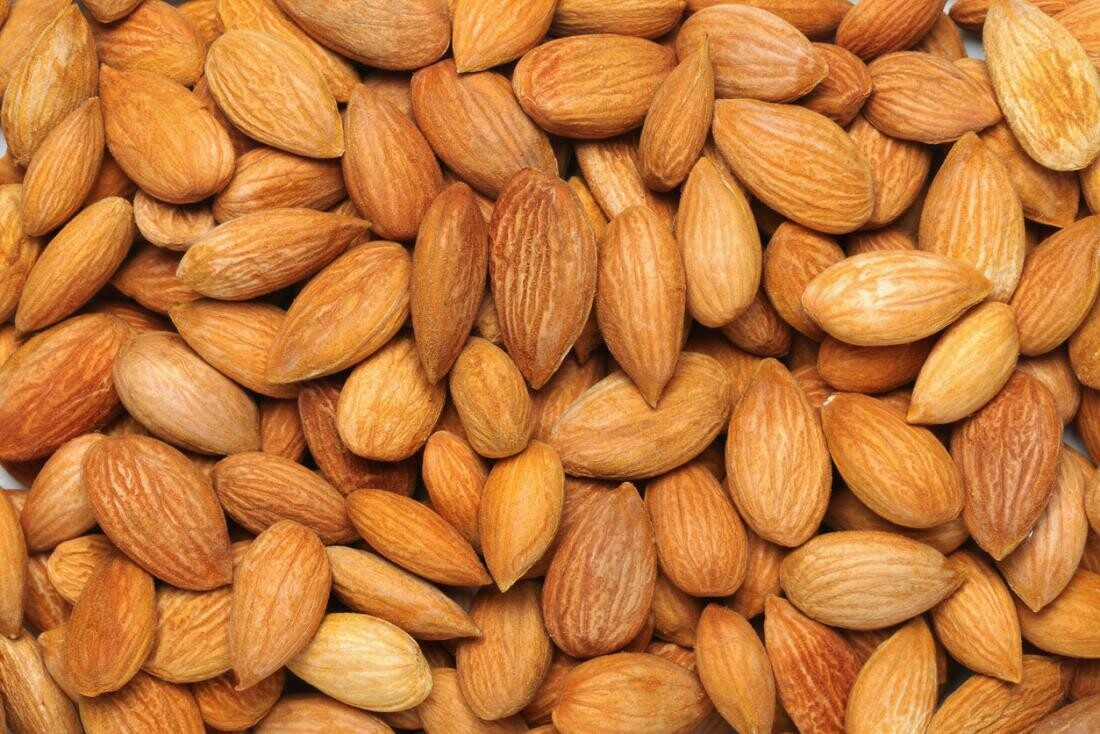 Almonds (1000 gm)