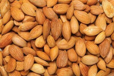 Almonds (1000 gm)
