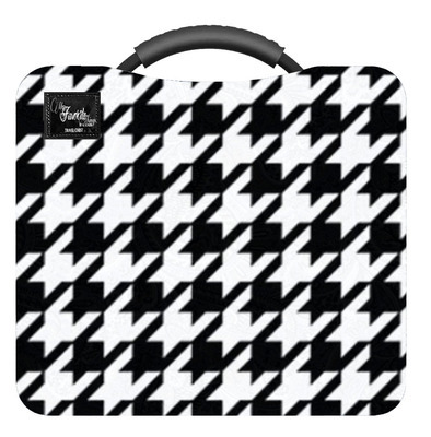 Houndstooth Pattern Travel Chest