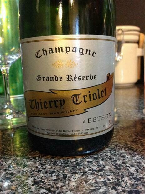 ​Thierry Triolet Champagne - Brut Grand Reserve NV (3825)