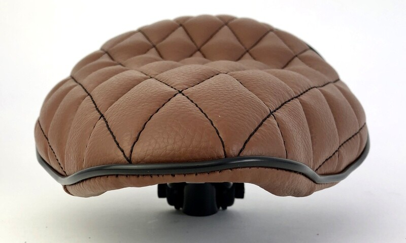 Brown BoardTracker/Chopper Saddle with Diamond Quilting