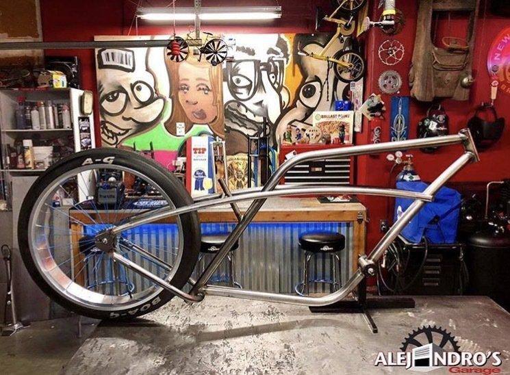 Alejandro's Garage - The