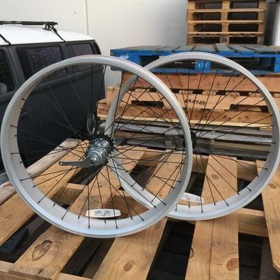 HBBC 80mm Three Speed Wheel Set, Silver