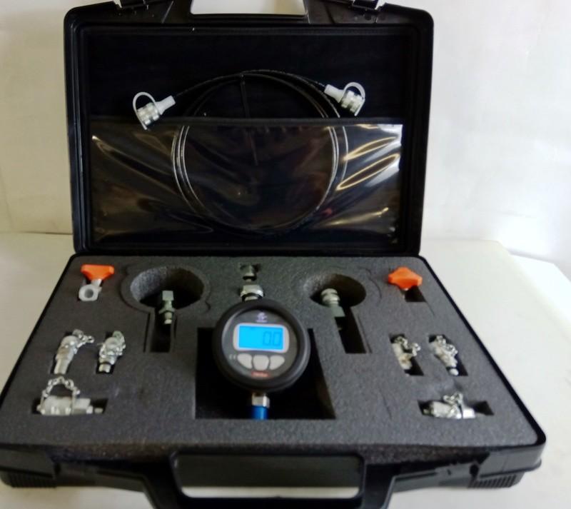 Digital Pressure Gauge Test Kit 0-700bar 10,000 Psi with Adapters