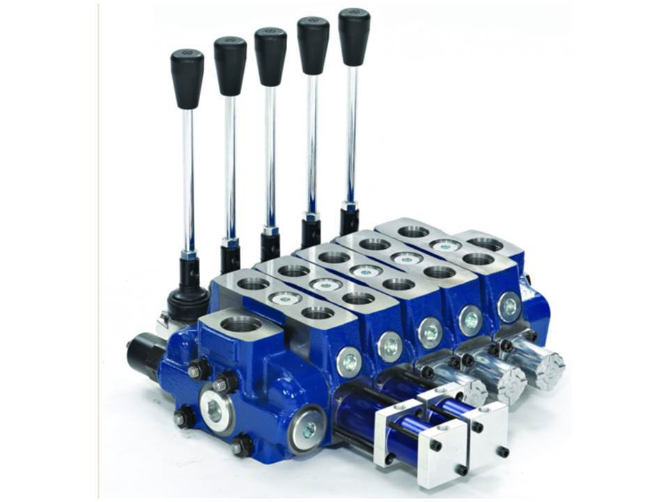 SECTIONAL HYDRAULIC 140 LPM VALVE. 1 TO 12 SECTIONS QUALITY. GARBAGE COMPACTORS