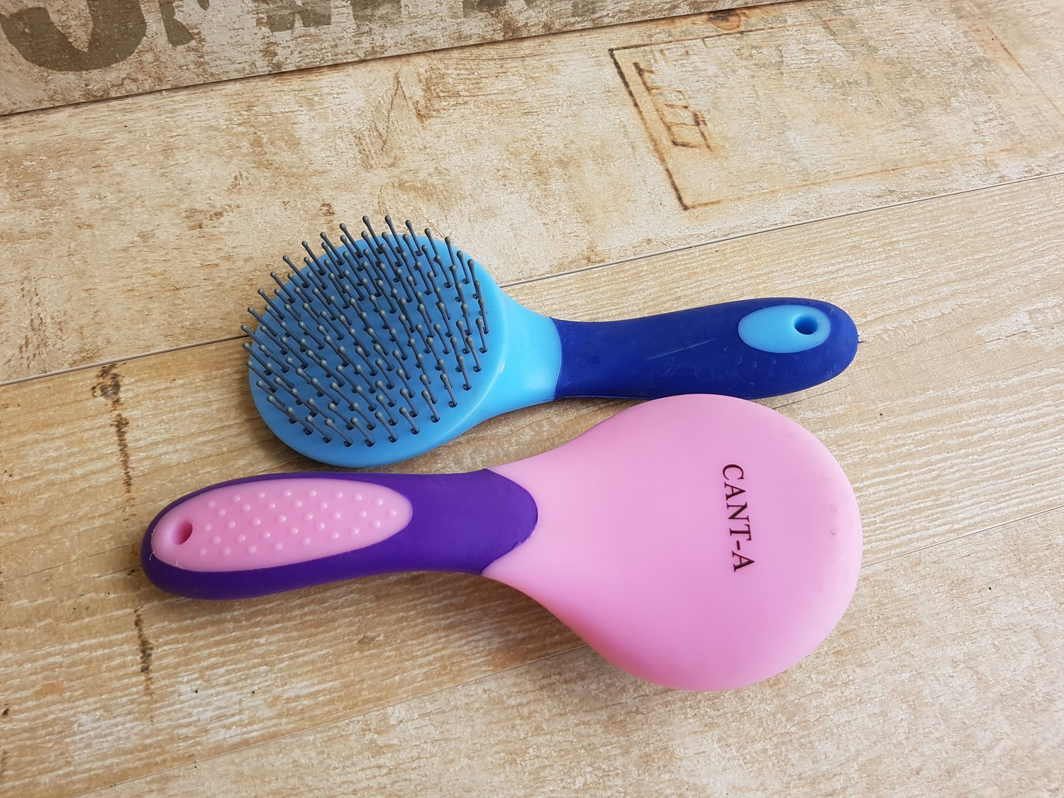 Mane & Tail Brushes