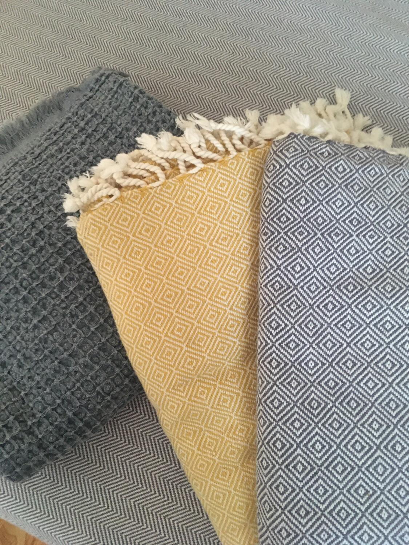 Mandalina Luxe Diamond Natural Blanket