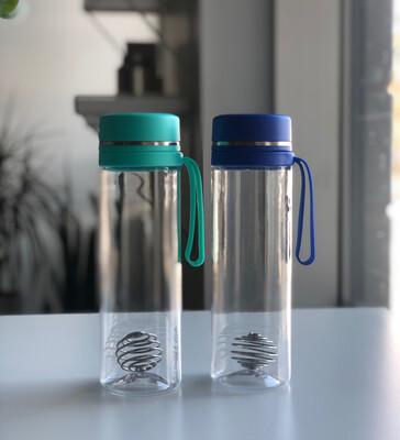 Gobelet en tritan sans BPA et boule à fouettage