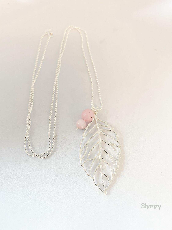 Leaf Cherry Blossom Quartz Necklace