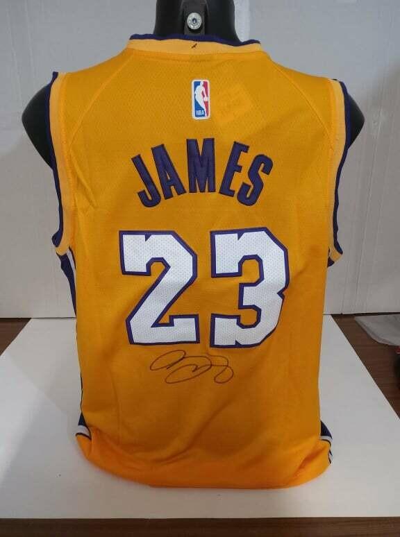 Le Bron James 23 Maglia Autografata Signed Autografata Signed Le Bron James COA certificate Jersey Signed Maglia Nba Signed Le Bron James