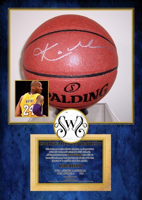 Kobe Bryant 24 Pallone Ball Autografato Signed Autografato Signed KOBE BRYANT COA certificate Ball Nba Signed Pallone Ball Nba Signed KOBE BRYANT