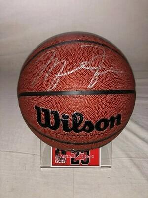Michael Jordan 23  Pallone Nba Autografato  Signed Michael Jordan 23 with COA certificate