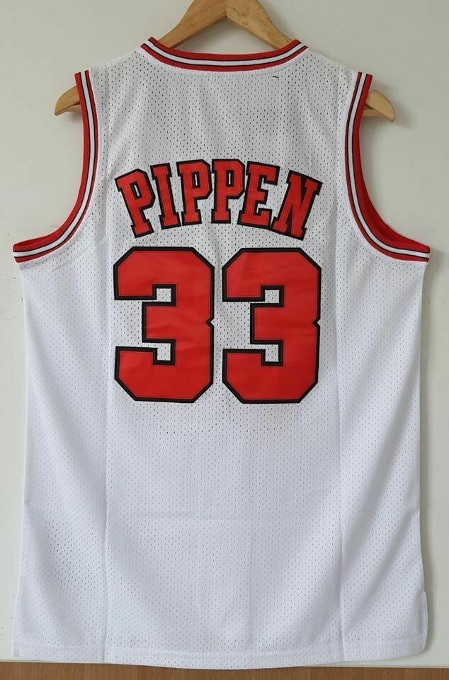 CHICAGO BULLS Scottie Pippen 33   BASKETBALL NBA