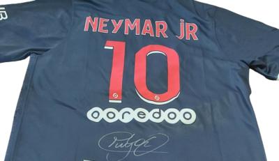 MAGLIA PARIS ST GERMAIN Autografata NEYMAR 10   Signed NEYMAR 10  JERSEY PSG  with COA certificate HAND SIGNED AUTOGRAPH
