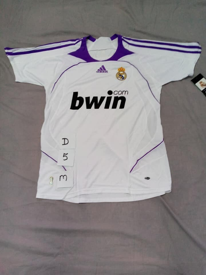 DIFETTO DIFECT REAL MADRID VAN NISTELROOY 9 TAGLIA M SIZE M WRONG NAME NUMERO ERRATO