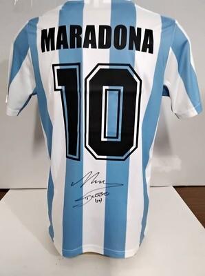 Maglia ARGENTINA  DIEGO ARMANDO MARADONA Autografata   MARADONA  ARGENTINA  Signed wich COA certificate   DIEGO ARMANDO MARADONA ARGENTINA AUTOGRAPH SIGNED HAND