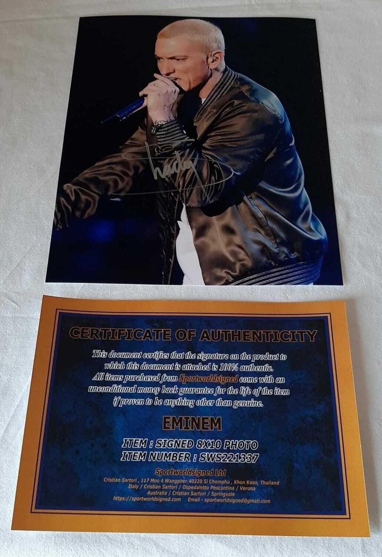 FOTO AUTOGRAFATA Eminem Marshall Bruce Mathers III DI MANO AUTOGRAFO  HAND SIGNED PHOTO EMINEM MARSHALL BRUCE MATHERS III  PHOTO EMINEM   Signed Autograph Hand Signed Fantastic and Rare