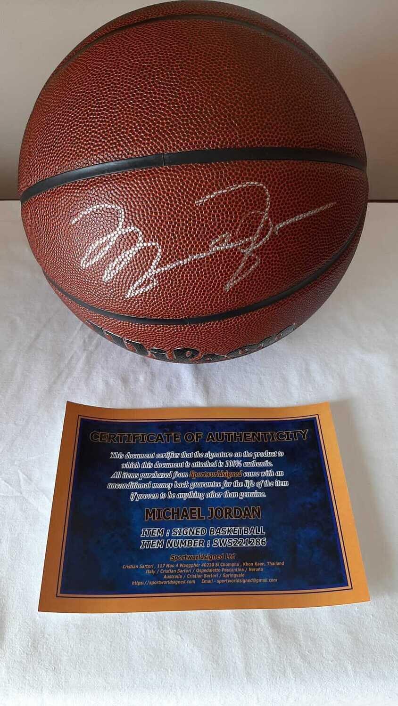 Pallone Michael Jordan 23 Autografato Signed MICHAEL JORDAN Signed Autograph BALL HAnd Signed NBA MICHAEL JORDAN AUTOGRAPH AUTHENTIC