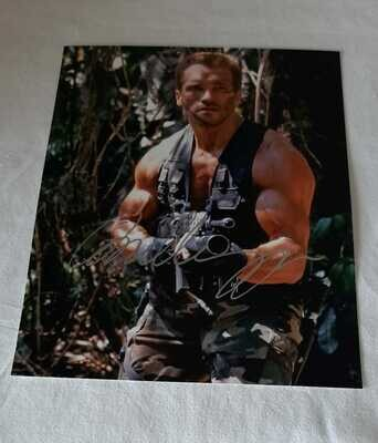 Predator Arnold Schwarzenegger Foto Autografata Predator Arnold Schwarzenegger Signed Autograph Hand Signed Schwarzenegger Predator Arnold Schwarzenegger