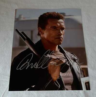 Terminator Arnold Schwarzenegger Foto Autografata Terminator Arnold Schwarzenegger Signed Autograph Hand Signed Schwarzenegger Terminator  Arnold Schwarzenegger