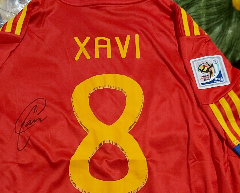 Maglia SPAIN MONDIALI 2010 WORLD CUP  WINNER Portugal Autografata  XAVI 8   Signed wich COA certificate Portogalllo XAVI 8  Signed Autograph SPAGNA CAMPIONI DEL MONDO 2010