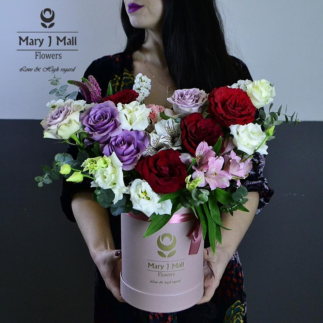 Цветы в коробке №25