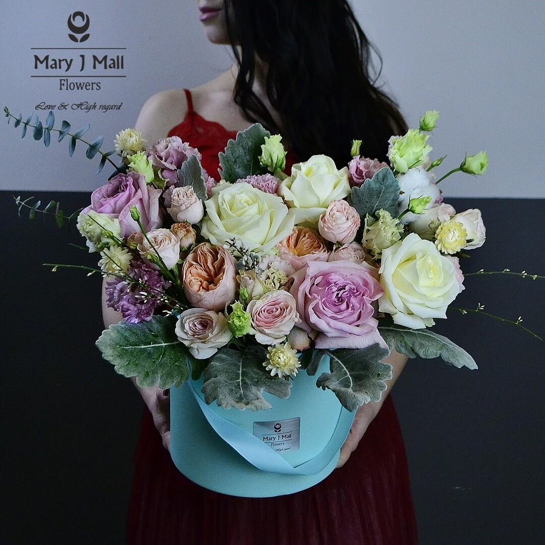 """Цветы в коробке """"Premium 5"""""""