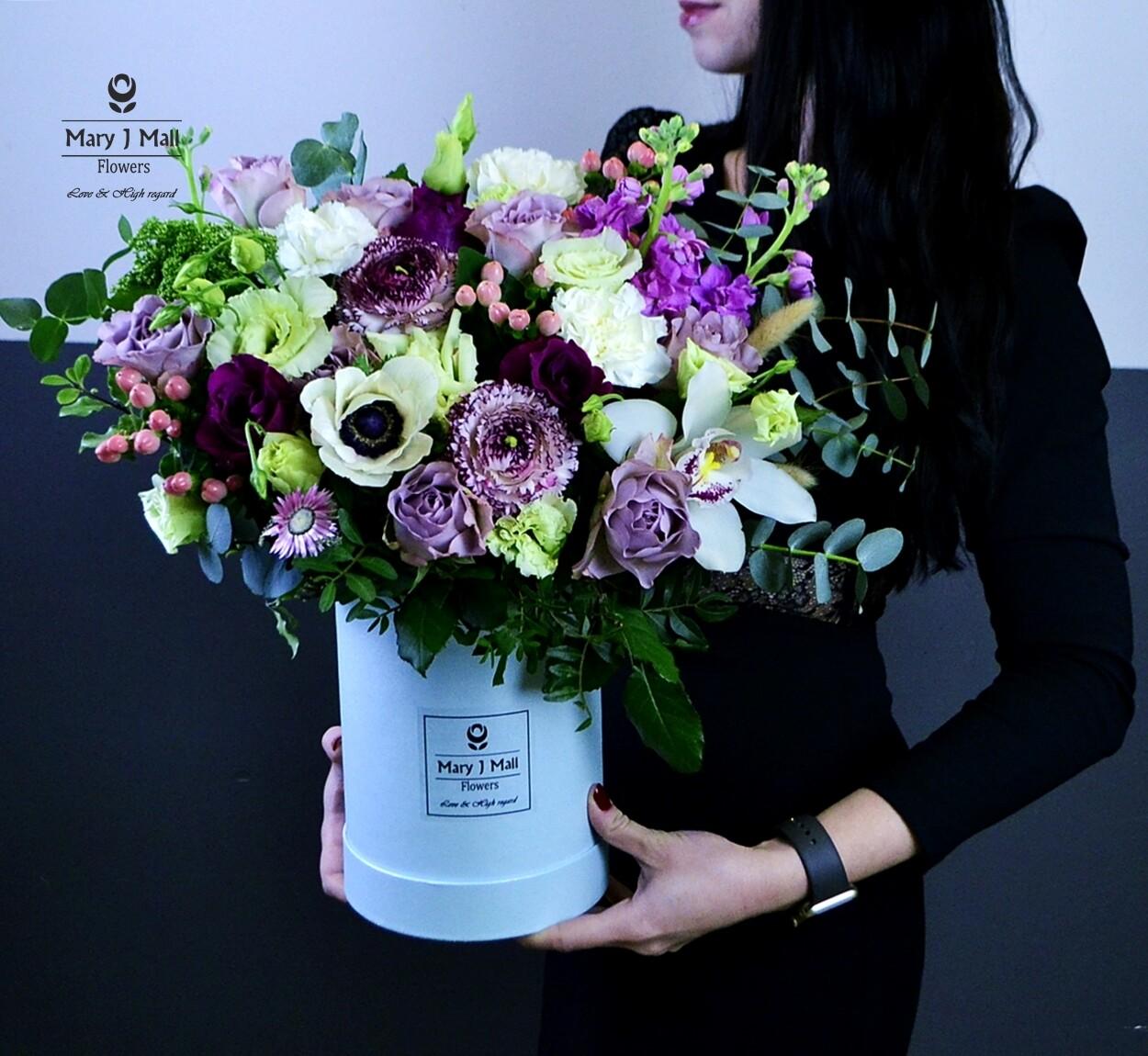 """Цветы в коробке """"Premium 6"""""""