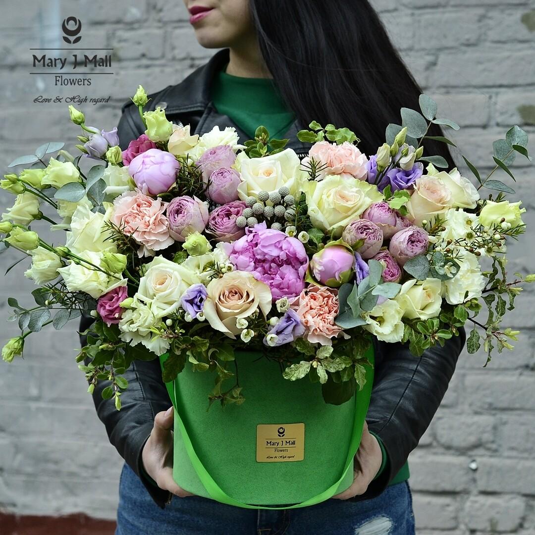"""Цветы в коробке""""Premium7"""""""