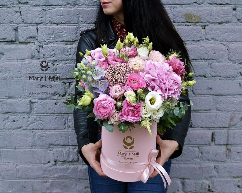 Цветы в коробке №29
