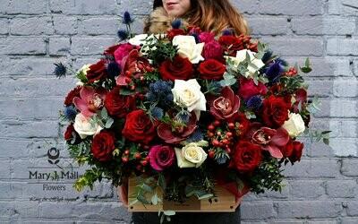Цветы в деревянном ящике №19