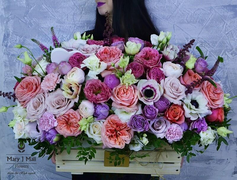 Цветы в деревянном ящике №27