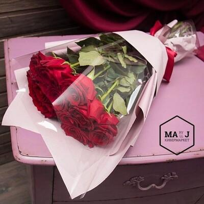15 роз в элитной упаковке