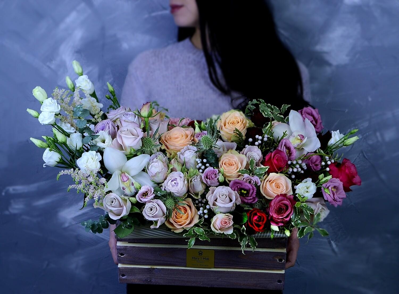 Цветы в деревянном ящике №51