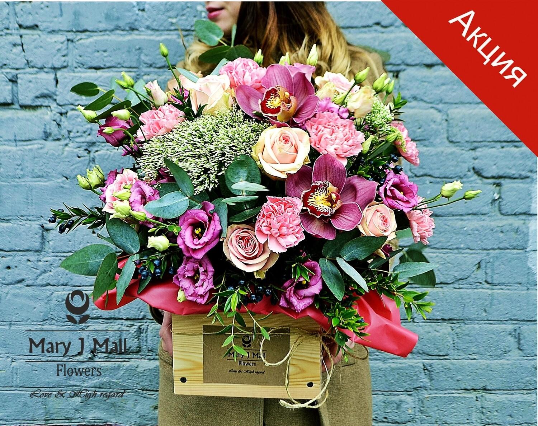 Цветы в деревянном ящике №74