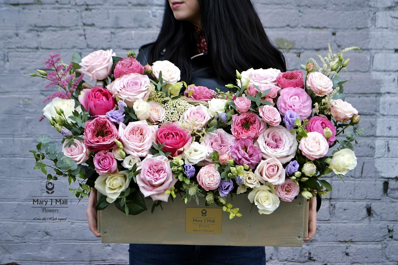 Цветы в деревянном ящике №79