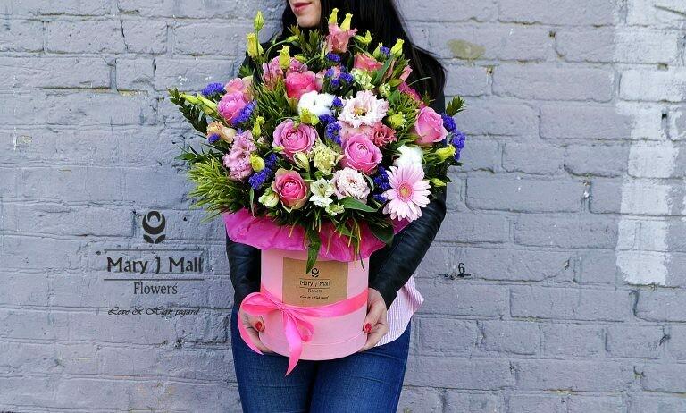 Цветы в коробке №70