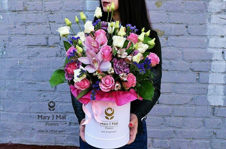 Цветы в коробке №69