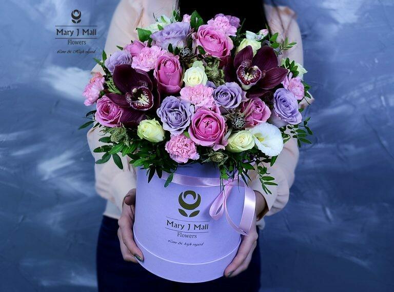 Цветы в коробке №81