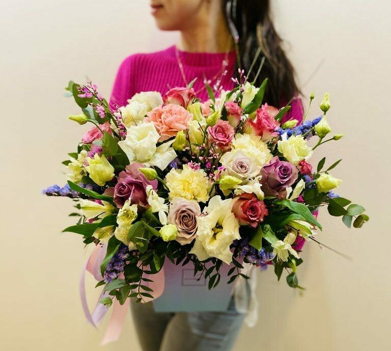 Цветы в коробке №82