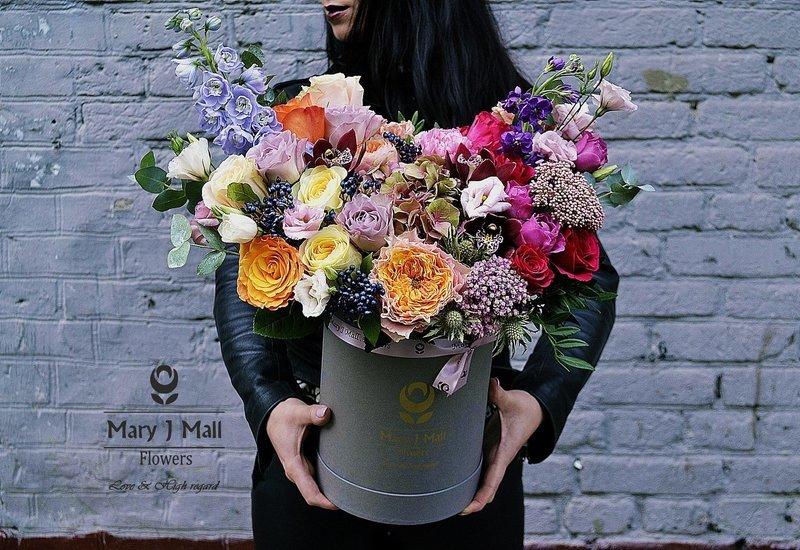 Цветы в коробке №26