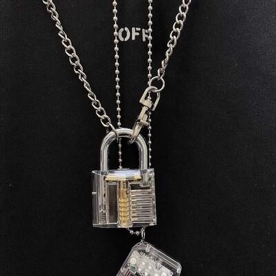 Flye Fashion 1pcs Fun Necklace Transparent Big Locks With Key Pendant Hand