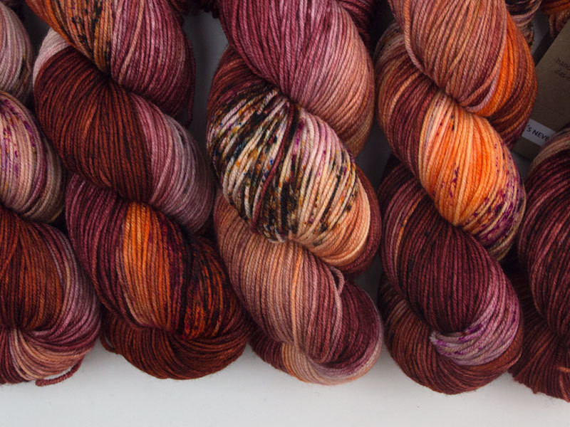 Das Mondschaf Sport Yarn It's never lupus