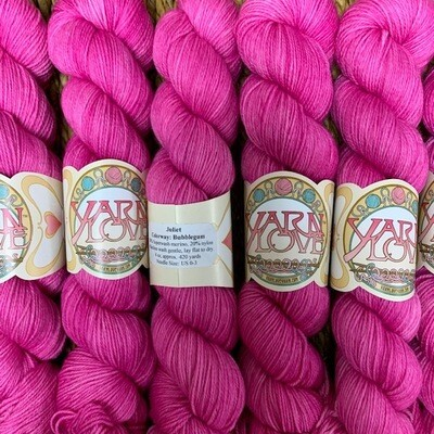 Yarn Love Juliet  Fingering Bubblegum