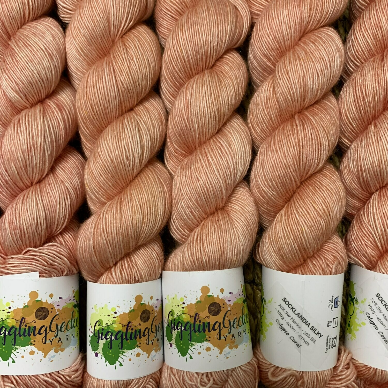 GGY GigglingGecko Socklandia Silky Yarn Calypso Coral