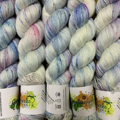 GGY GigglingGecko Socklandia Silky Yarn Mineral Grow