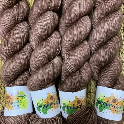 GGY GigglingGecko Socklandia Soxs Yarn Cocoa Brownies