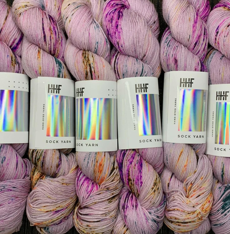 Hedgehog Iris sock Yarn